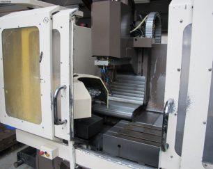 2 دستگاه فرز CNC و ابزار کارگاه کامل CNC