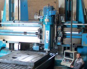 خدمات فرز CNC دروازه ای