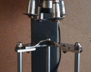 دستگاه درب بند پیلفرپروف نیمه اتوماتیک